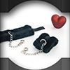 Flausch-Handfesseln für die Liebesschaukel
